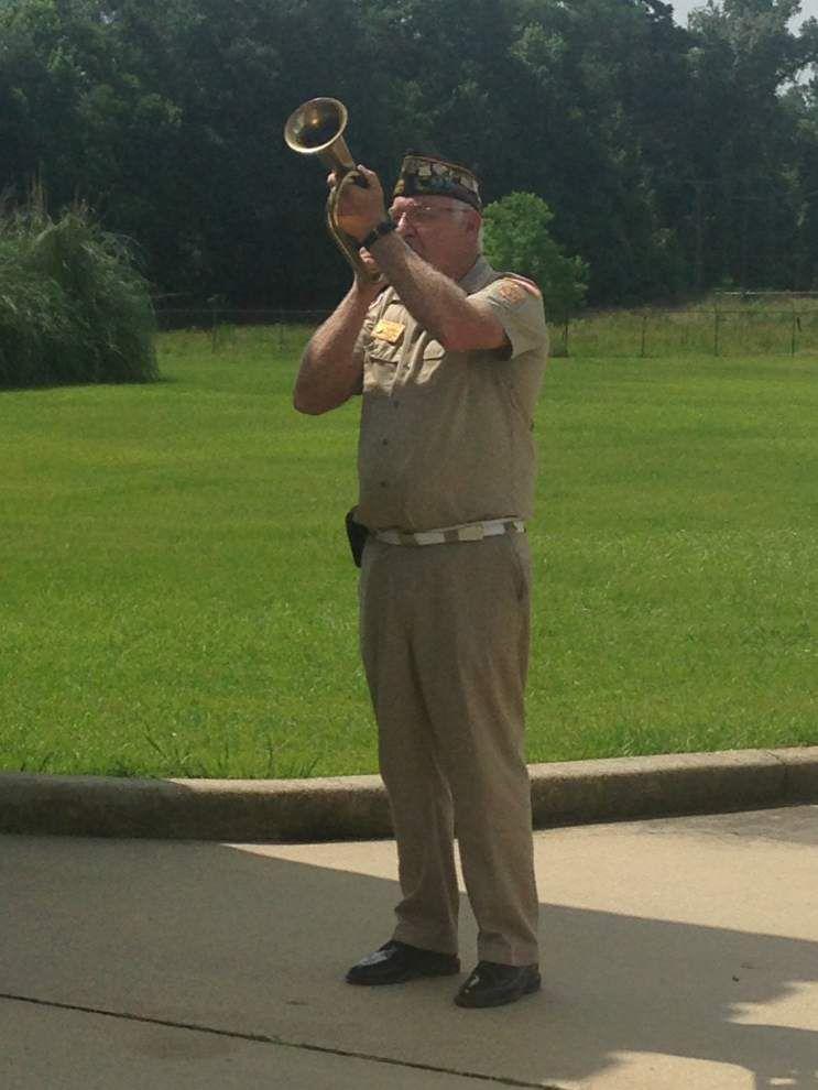Soldiers honored by Denham Springs VFW _lowres