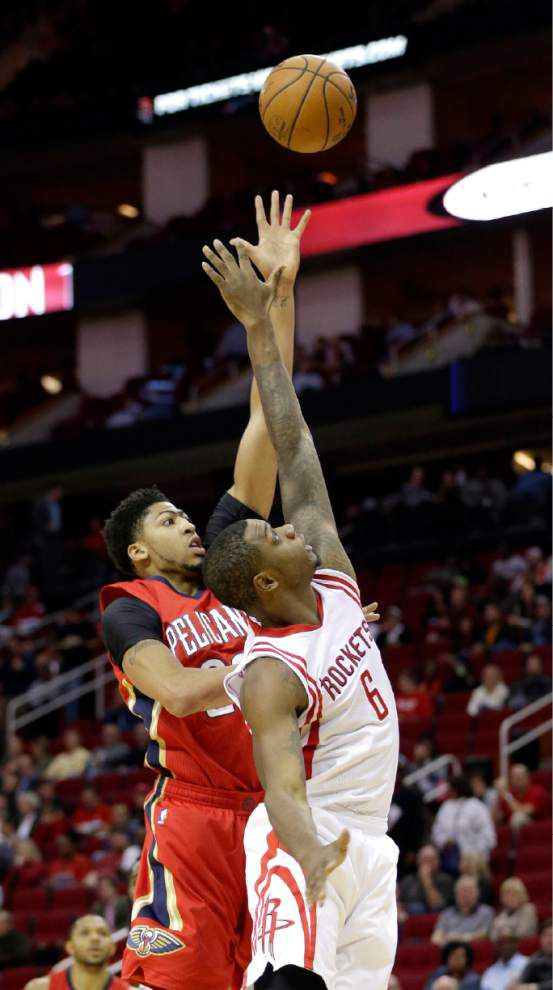 Turnovers help do in Pelicans in 108-101 loss to Rockets _lowres