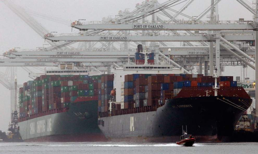 U.S. trade deficit hits $42.3 billion in February _lowres