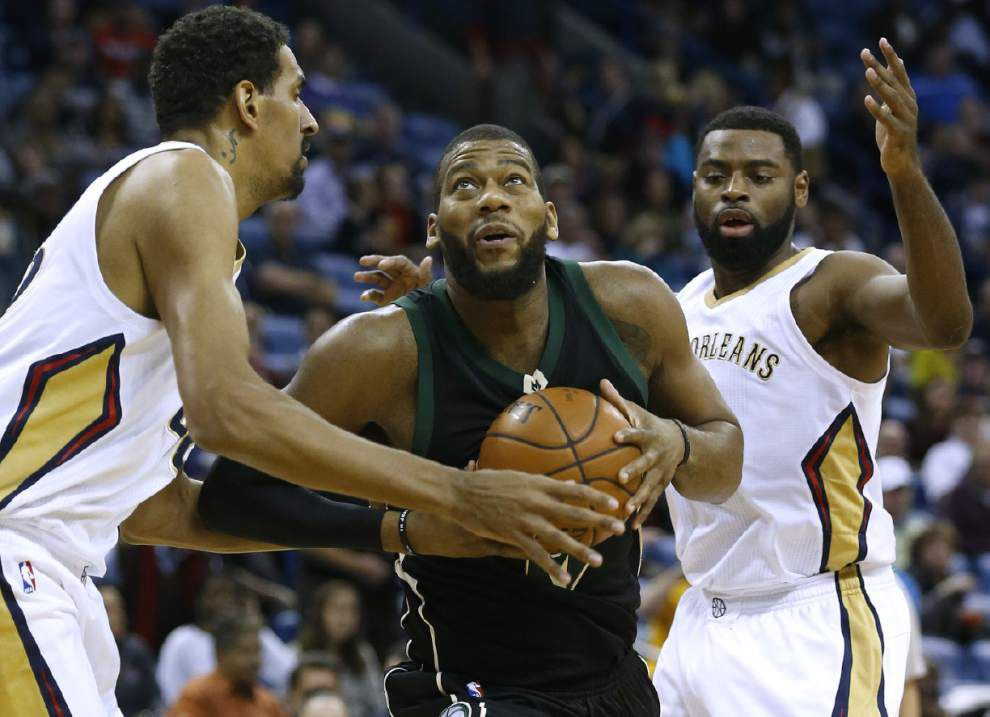 Pelicans coach Alvin Gentry keeps Tyreke Evans on bench as a precaution _lowres