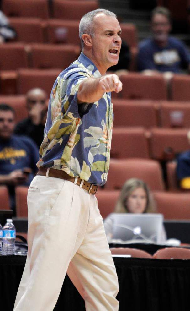 Hawaii fires men's basketball coach _lowres