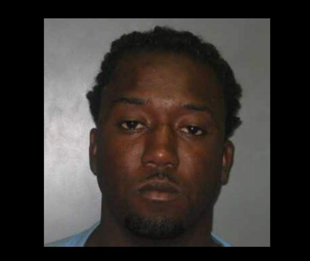 Breaux Bridge man wanted in Saturday shooting, other Acadiana crime briefs _lowres