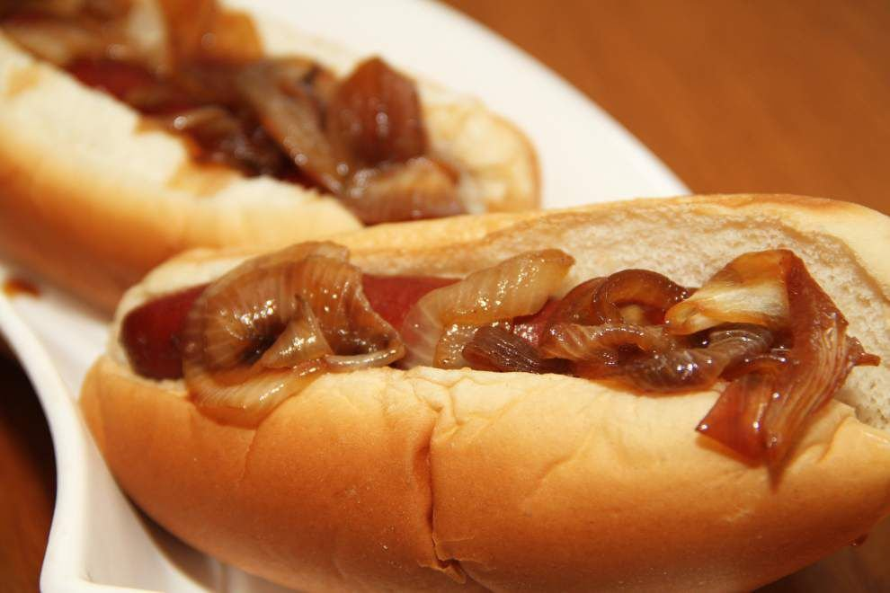 What a Crock!: Try creative twists on old-fashioned hot dog _lowres