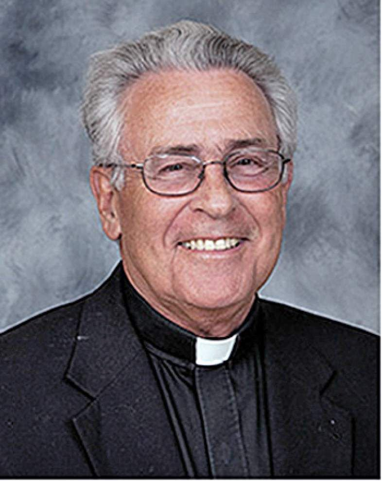 Friends, parishioners mourn loss of priest who died from bicycle fall _lowres