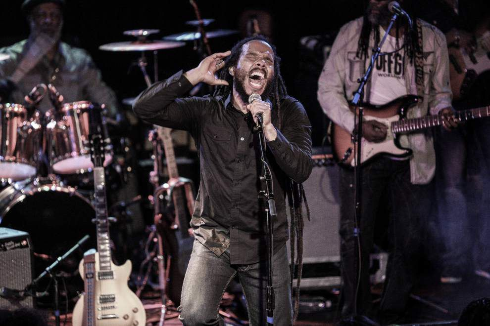 Ziggy Marley's reggae music follows family tradition _lowres