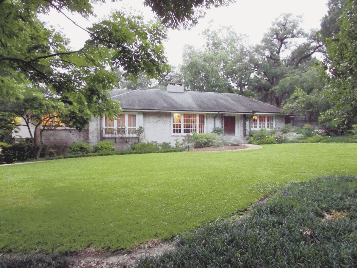 Timeless Classic in Hundred Oaks - 2101 Parker St.