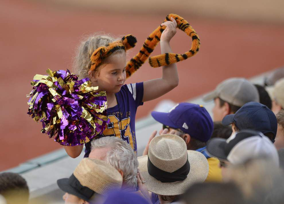 Lewis: Last Friday in May is yet another holiday for the LSU baseball team and its fans _lowres