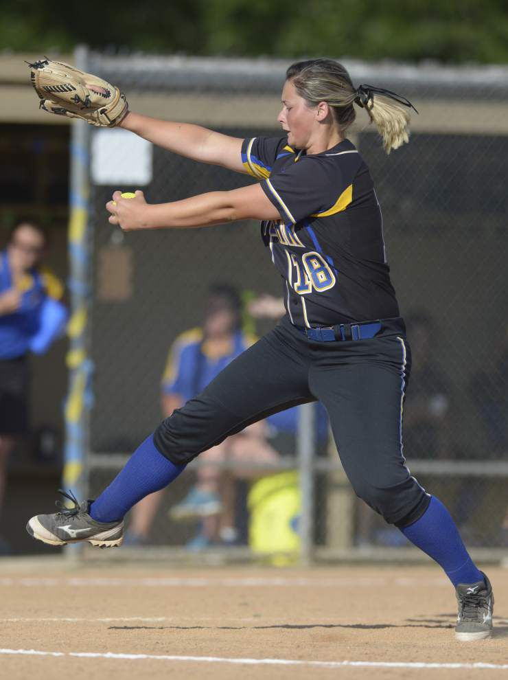 Live Oak softball team out to close strong _lowres