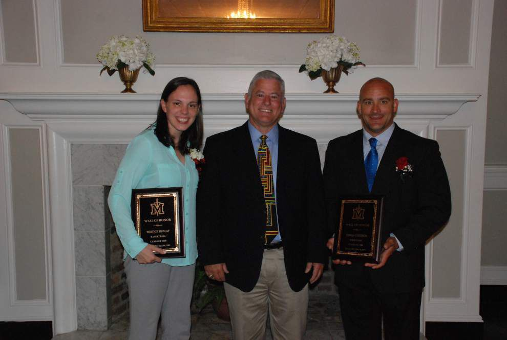 St. Michael the Archangel High lauds alumni at awards dinner _lowres