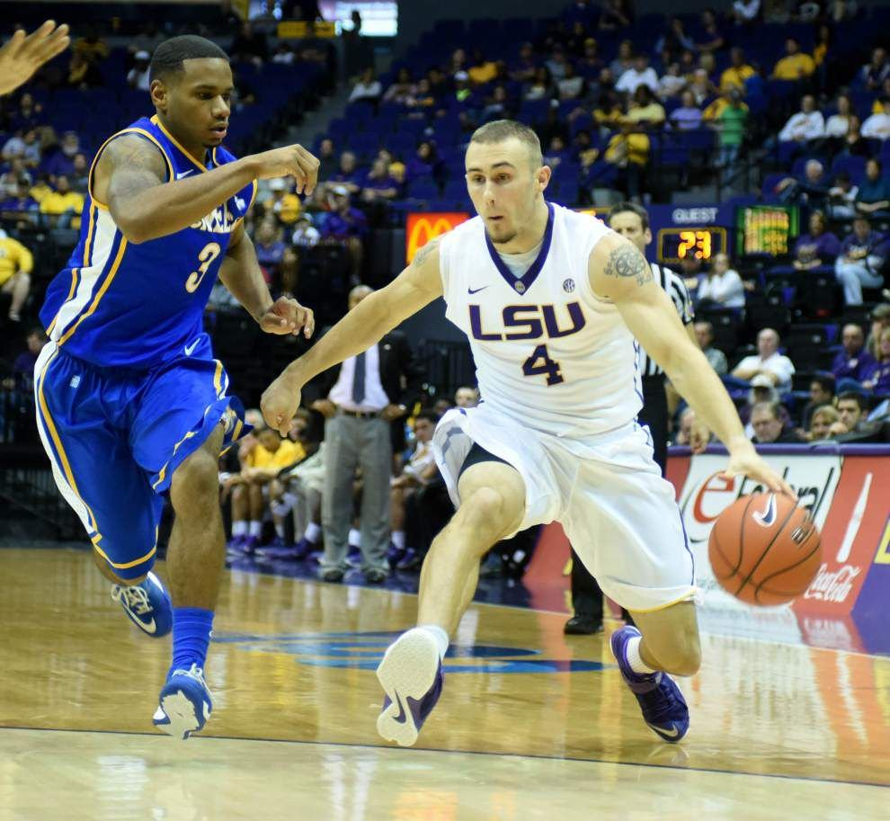 LSU relies on balance to beat McNeese State 83-72 _lowres