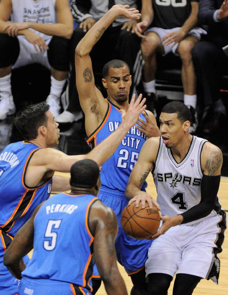 LeBron James, Tim Duncan out to end their deadlock in NBA Finals rematch _lowres