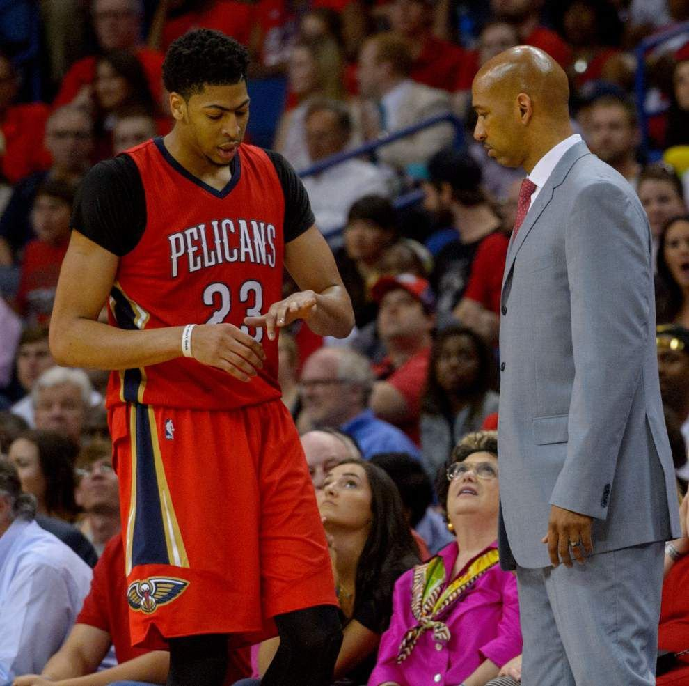 Pelicans forward Anthony Davis dislocated pinky during Wednesday victory against Golden State _lowres