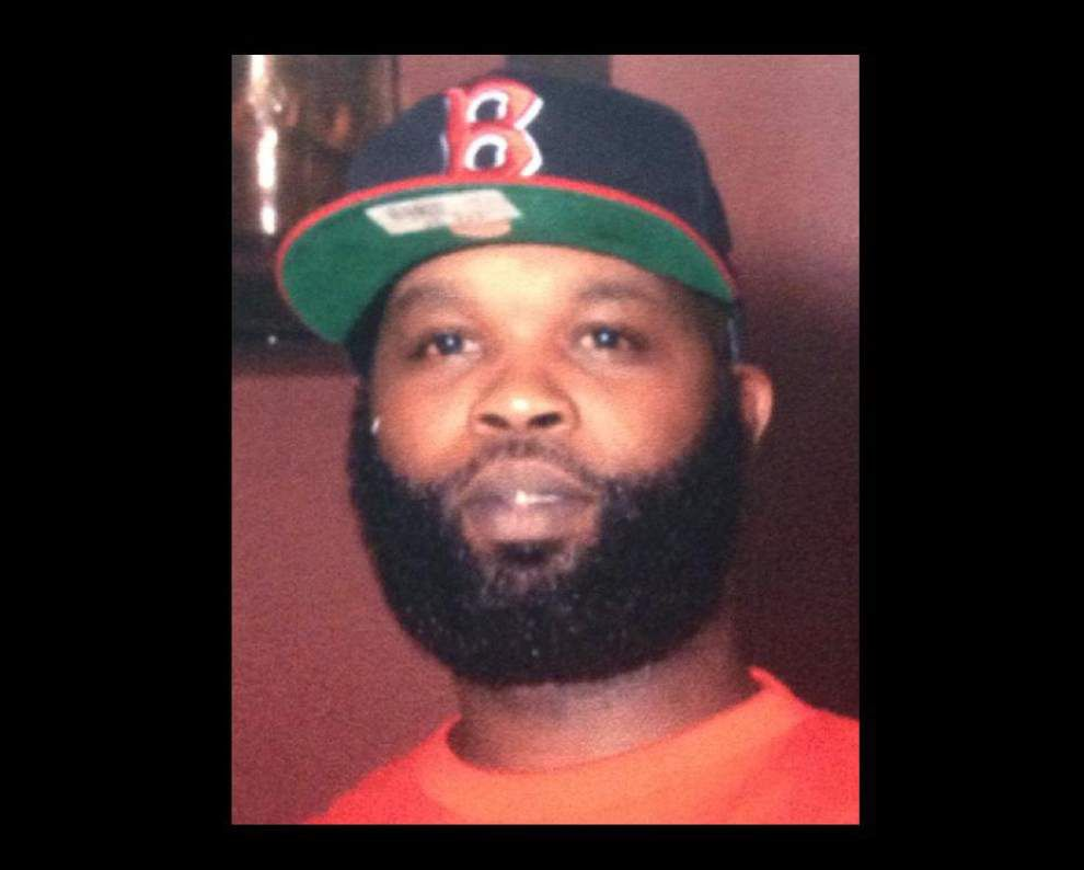 Family of man killed by FBI agent last year sues cops, agents, the city _lowres