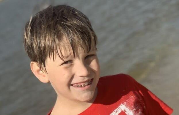 Exceptional Kid: Brock Alton carries on family's tradition of giving with survivor bracelets and other acts of kindness