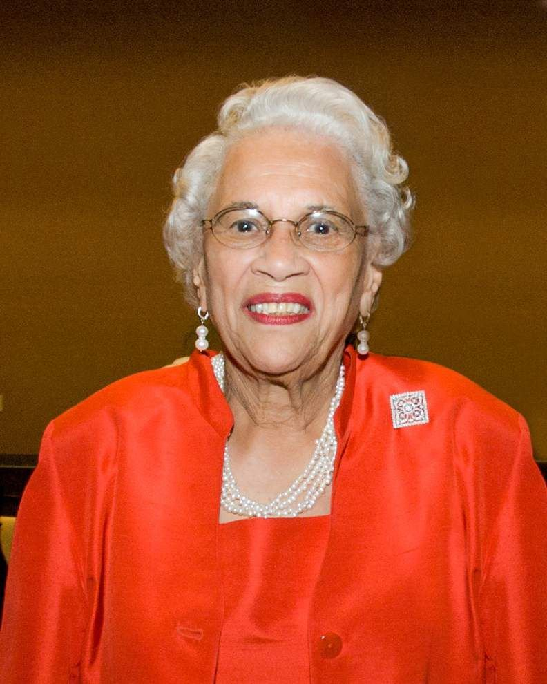 Blanche Francis, civic activist and wife of retired Xavier University president, died at 89 _lowres