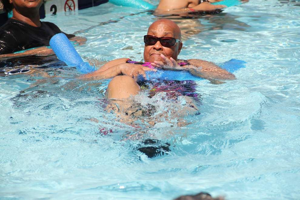 Seniors ride popular wave of aquatic fitness _lowres