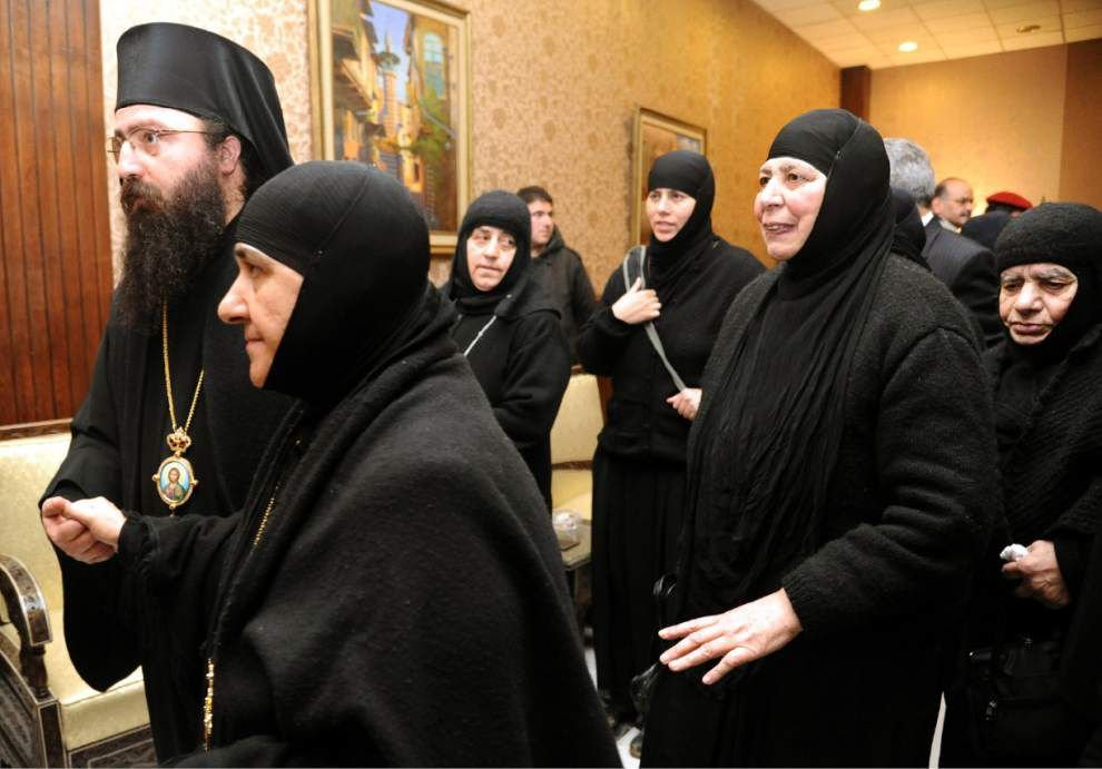 Nuns freed after hostage ordeal, arrive in Damascus _lowres