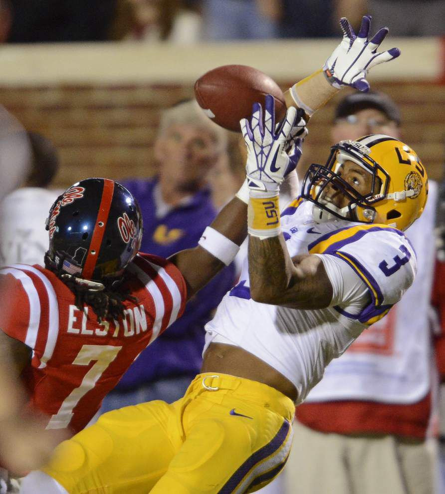 Photos: LSU battles rival Ole Miss _lowres