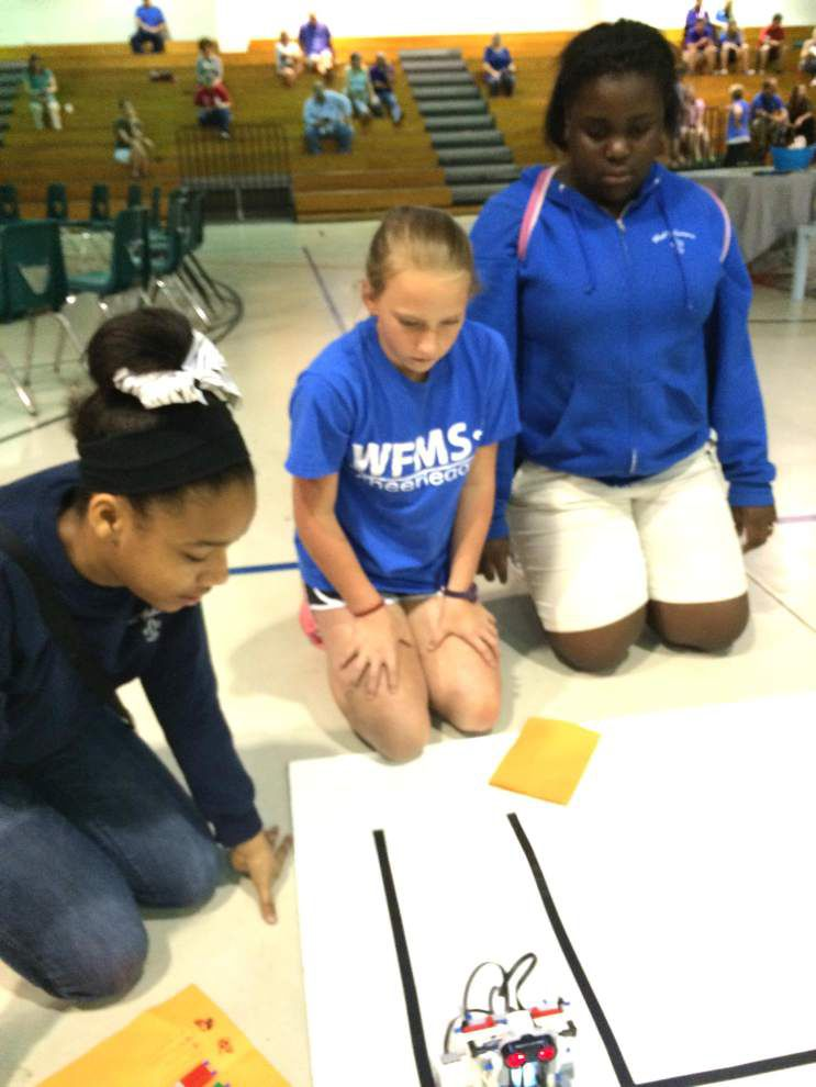 St. Francisville STEM students show skills _lowres