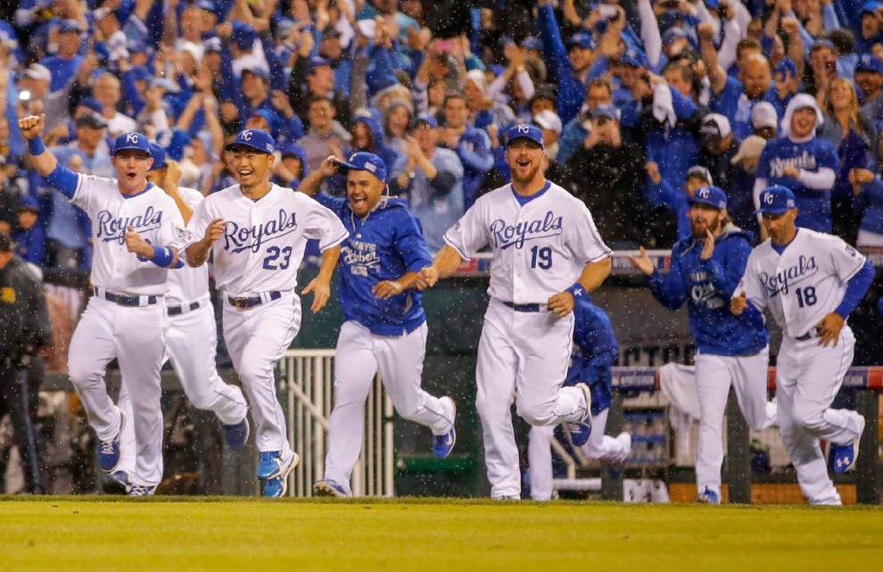 Royals wrap up stunning sweeep _lowres