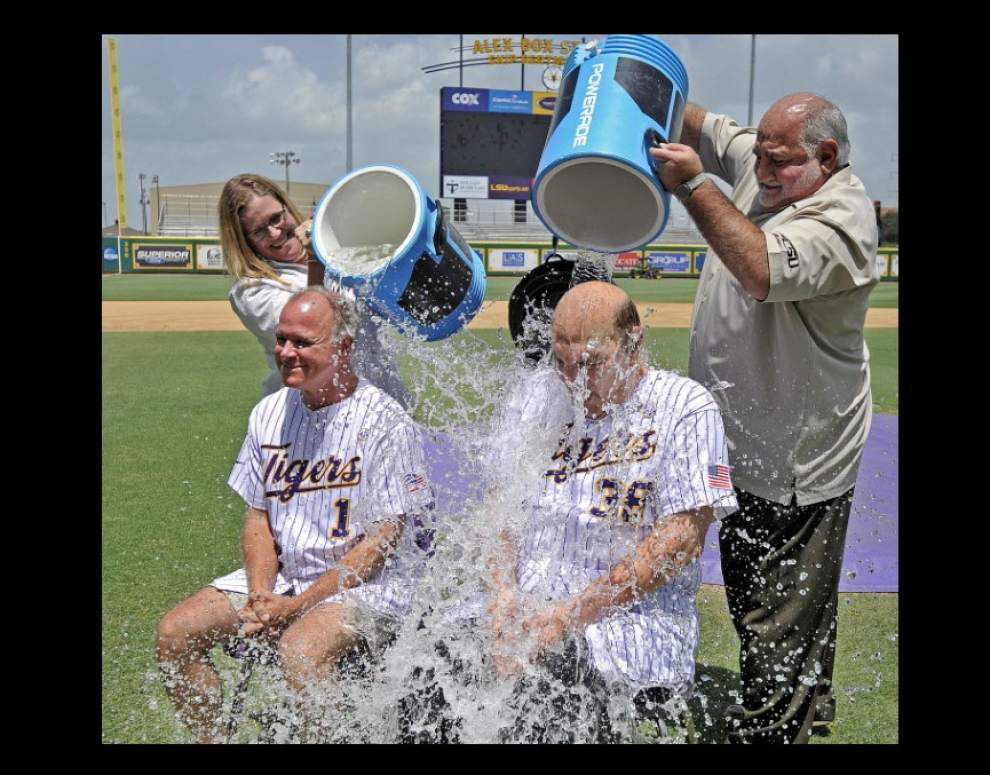 LSU baseball coach Paul Mainieri and Skip Bertman take the ALS ice bucket challenge _lowres