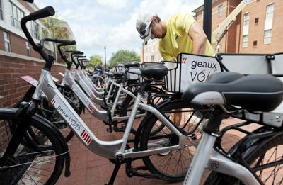University of Louisiana at Lafayette's new bike sharing program huge success; expansion on the horizon _lowres