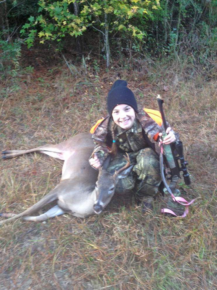 Deer hunters often spend money on other things besides latest, safest stands _lowres