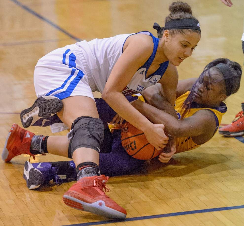 Karr girls basketball team rallies from 13-point deficit to beat John Curtis _lowres