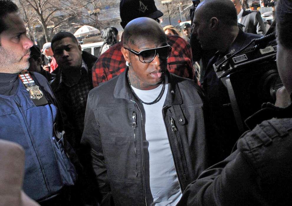 Indictment links Young Thug, Birdman to Lil Wayne tour bus shooting _lowres