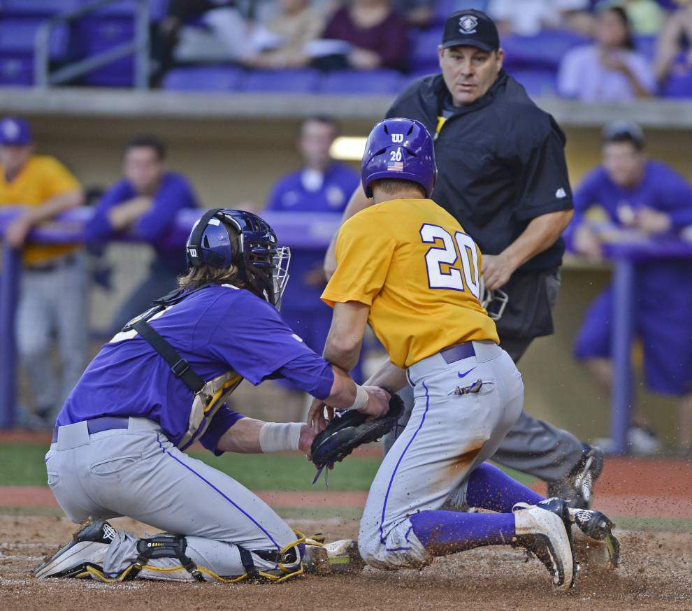 Younger LSU baseball players make strides as Tigers wraps up fall practice with Purple-Gold World Series _lowres