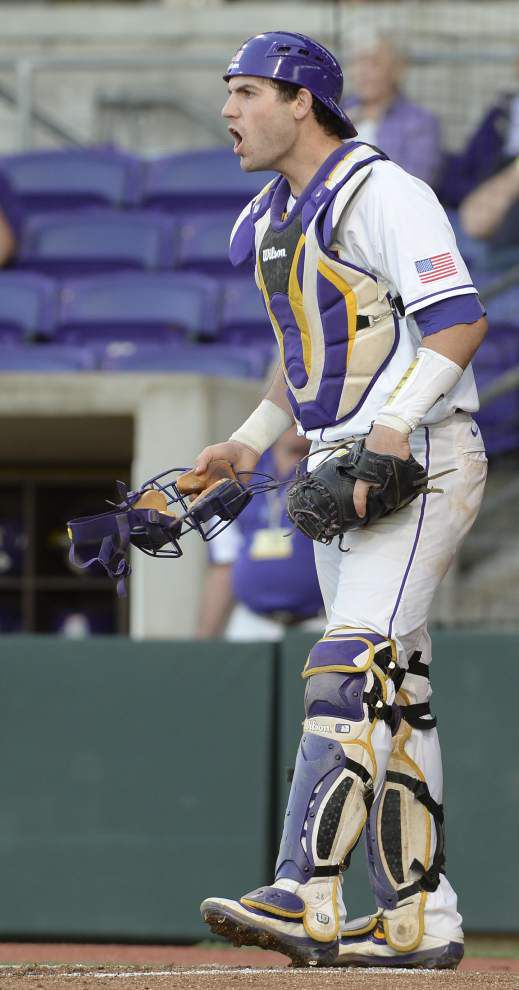 LSU baseball notebook: Tigers catching plans are on an 'earn-it' basis, coach Paul Mainieri says _lowres