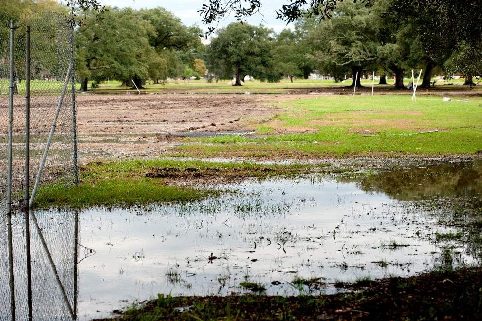 Weeks after water-logged Voodoo Fest, work continues on muddy mess at New Orleans' City Park _lowres