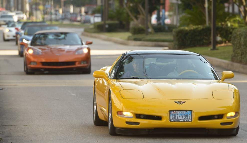 Corvettes cast a high-octane spell over car lovers _lowres