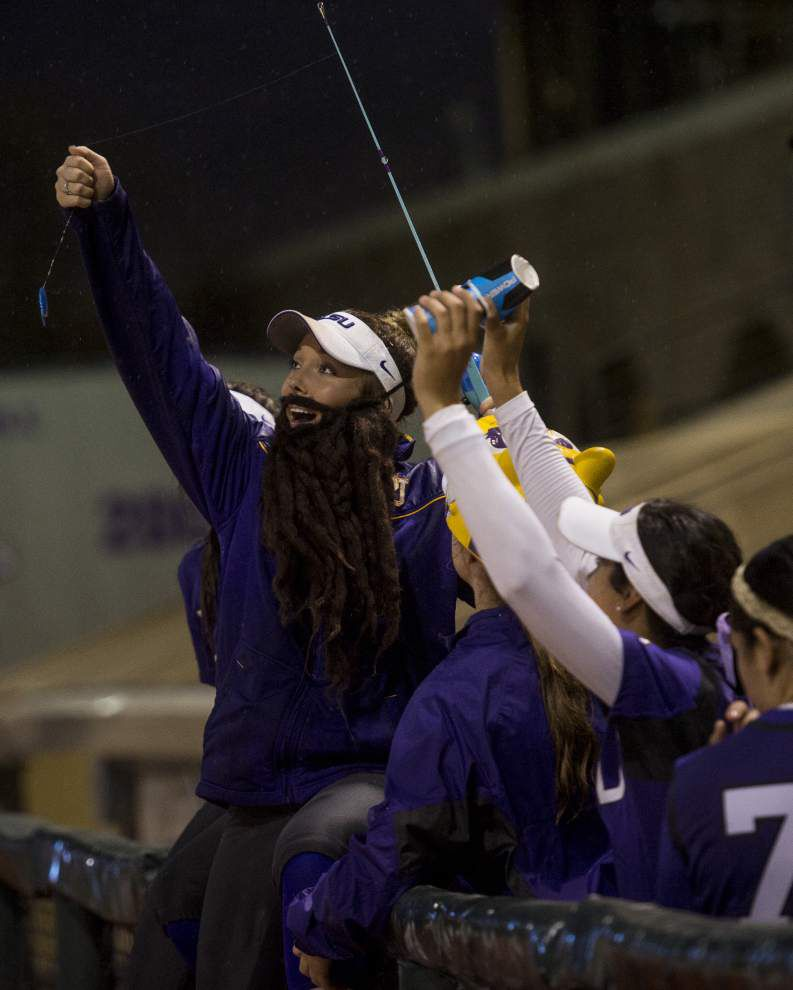 LSU softball team says NCAA crackdown on props in dugouts won't hinder its good time in regional _lowres