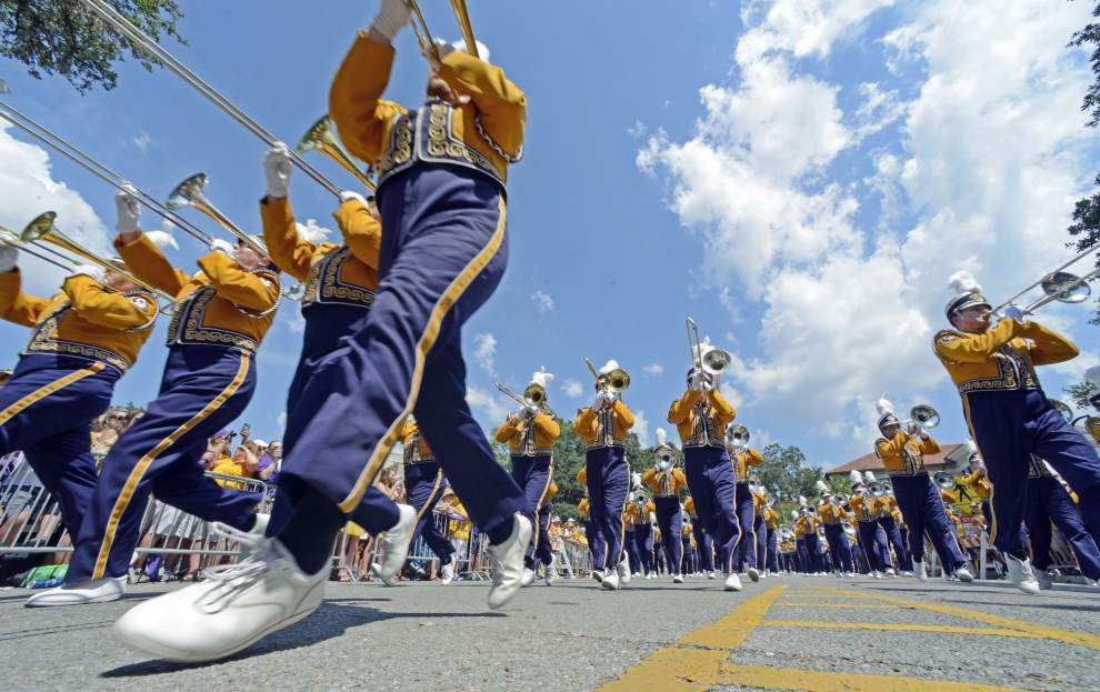 Video: Golden Band from Tigerland salutes Tiger Stadium's four corners before LSU vs. Auburn _lowres