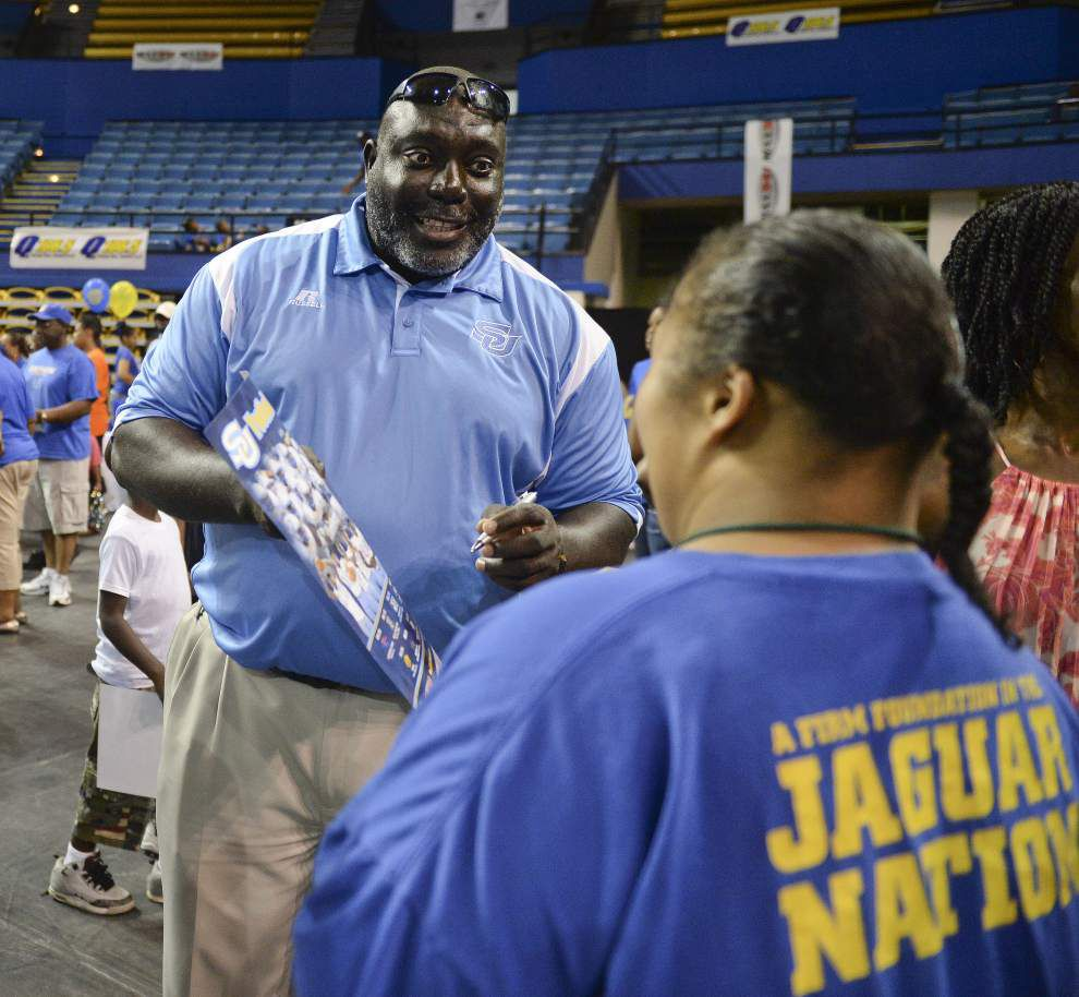 Photos: Fans mingle with players at Southern University's Fall Fan Fest Saturday _lowres