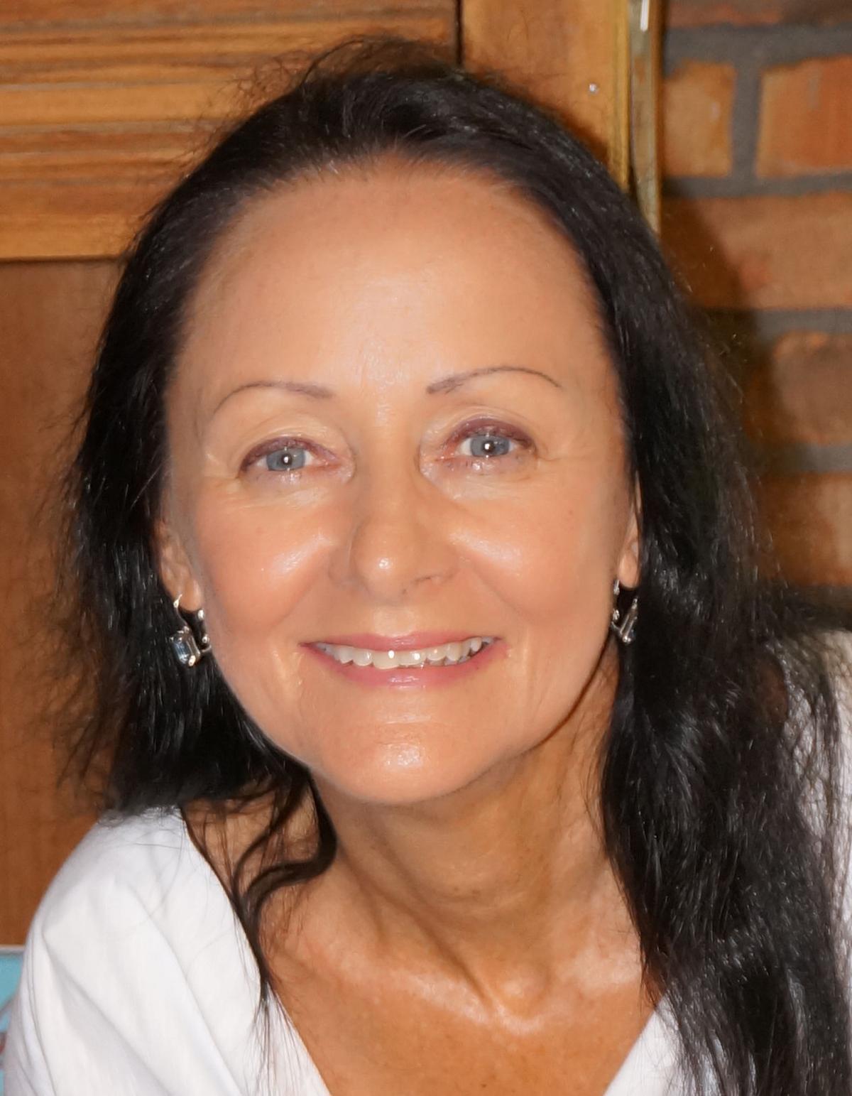 Melanie Bueche.JPG