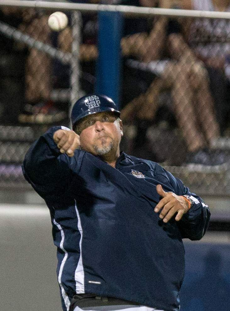 Greg Battistella named Lakeshore baseball coach _lowres