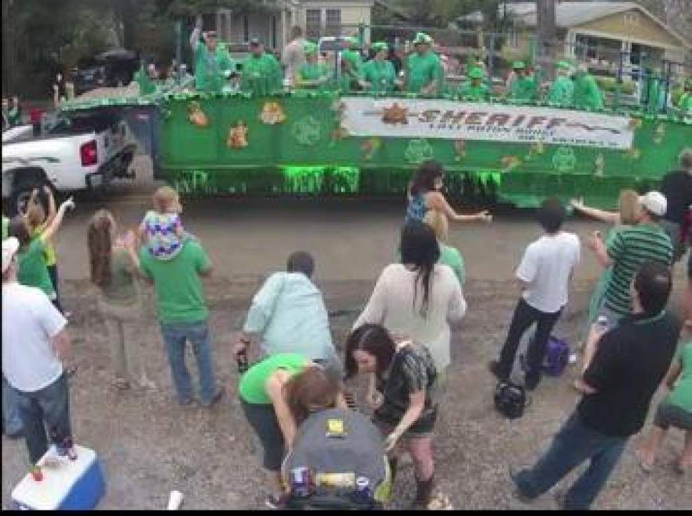 Video: Time lapse images of St. Patrick's Day Parade _lowres