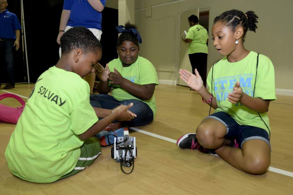 Camp Quest gives kids exposure to science, math fields _lowres