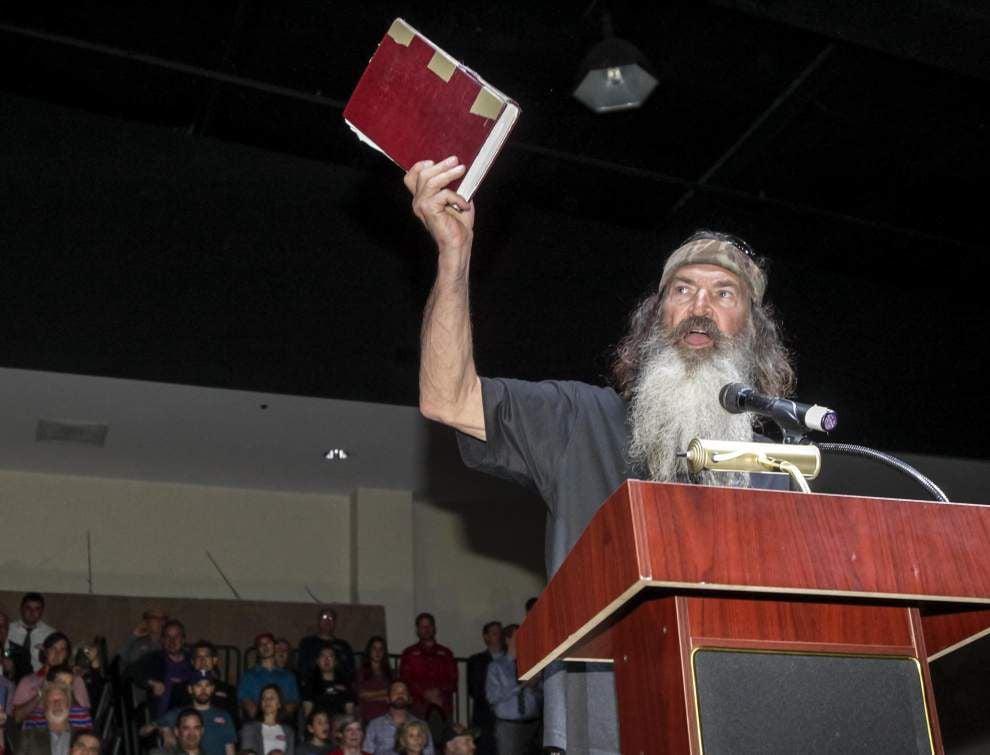 Cruz makes last-minute plea for votes on north shore _lowres