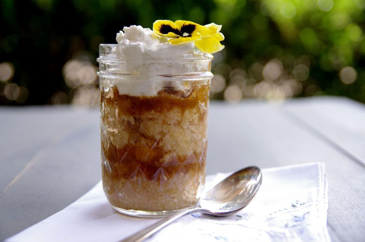 Rum_Peach_Sauce_Soaked_Sour_Cream_Pound_Cake2