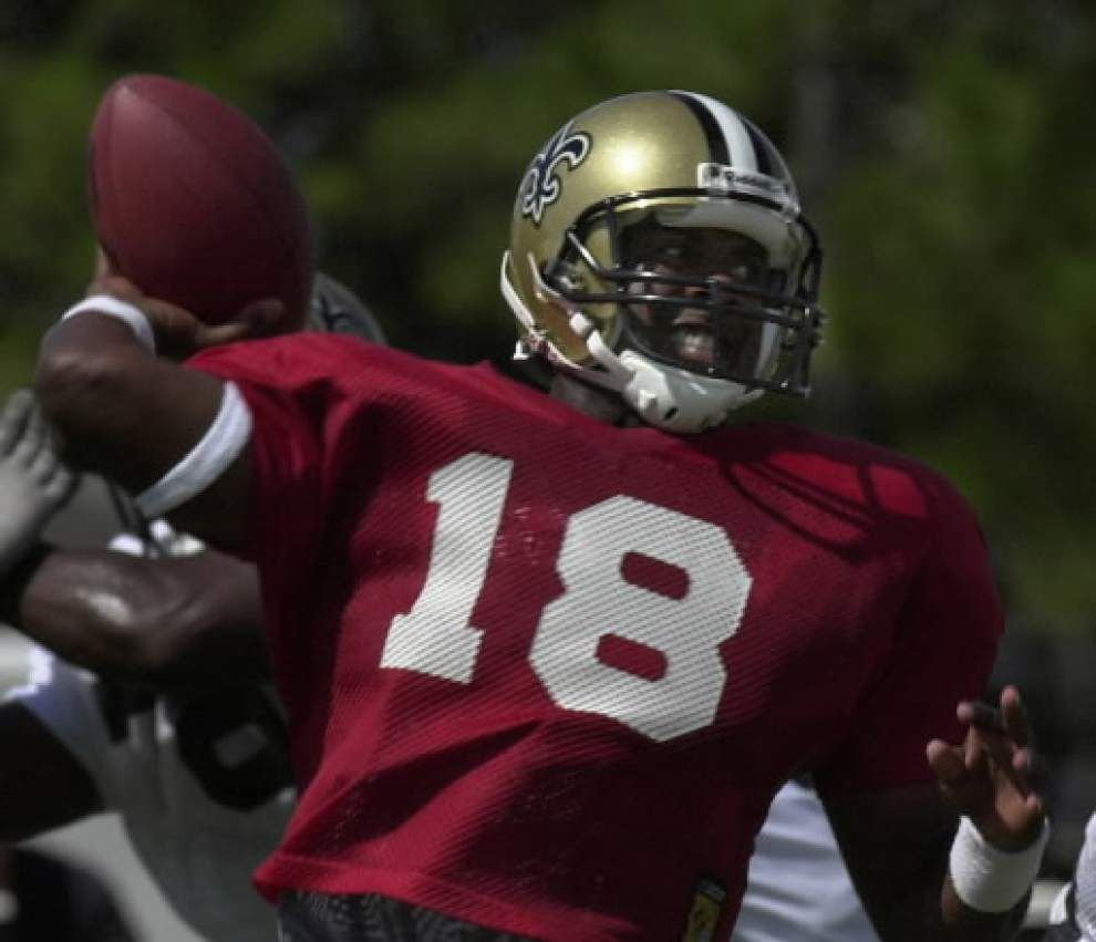 Former Saints quarterback Jeff Blake says all teams deflate footballs _lowres