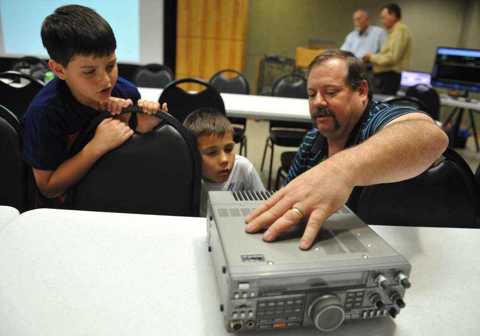 Lafayette class helps HAM radio enthusiasts learn about hobby, prepare for licensing _lowres