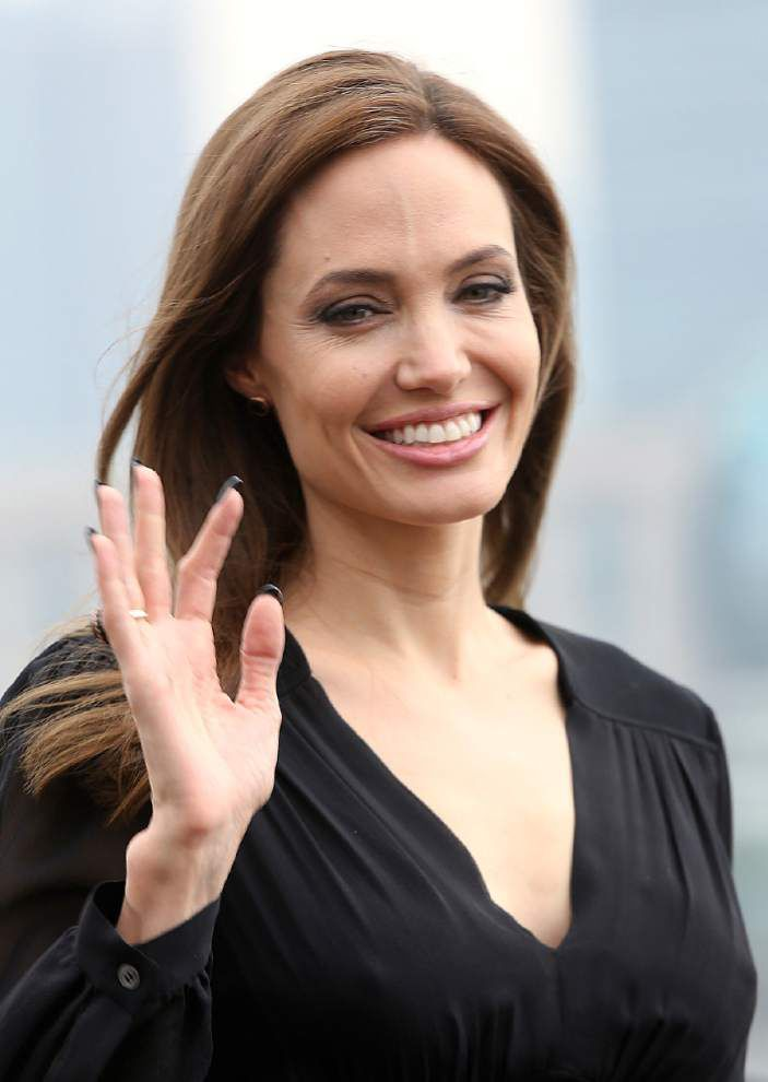 Jolie: We won't change our security on red carpet _lowres