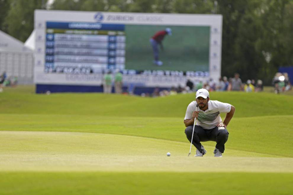 Live updates: Play has resumed after a rain delay at the Zurich Classic _lowres