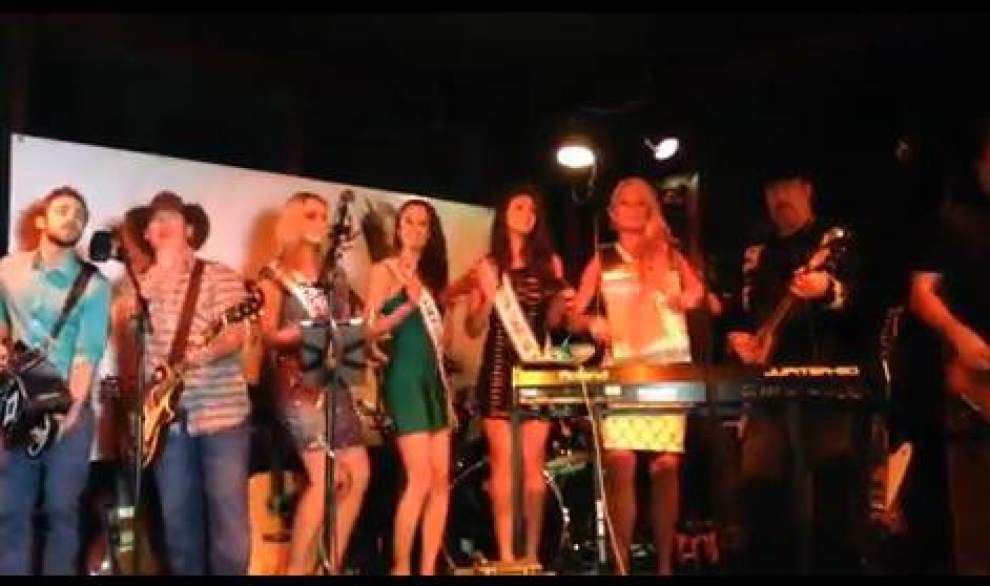 Video: Miss USA contestants take stage with Longneck Society band _lowres