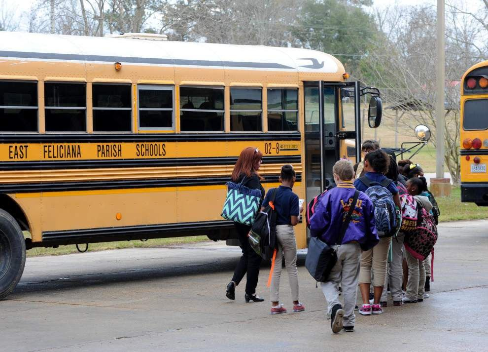 Schools dismiss early to avoid bad weather _lowres