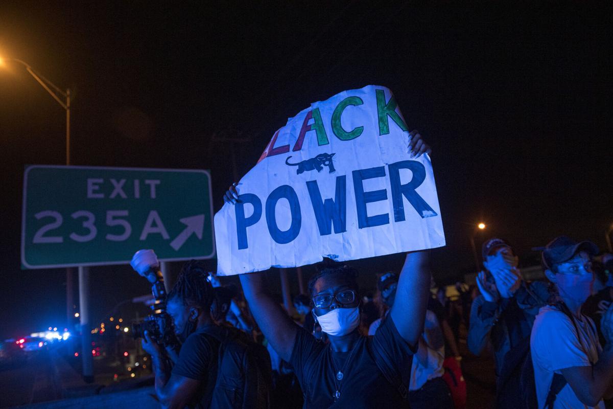 NO.protestmarch.ADV_5.JPG