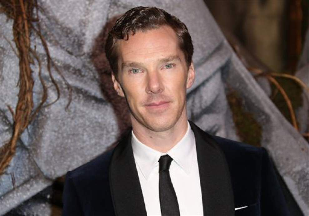 Cumberbatch says sorry for calling black actors 'colored' _lowres